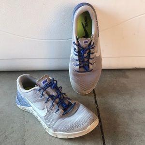 Nike metcon 4 sneakers size 9.5 workout